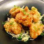 ●名物 鶏の唐揚げ 甘辛ソース