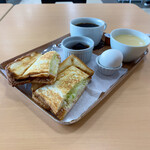 スイートコーンズ - モーニング(ホットサンド、コーヒー)