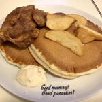 Hawaiian Pancakes House Paanilani - フライドチキンパンケーキ