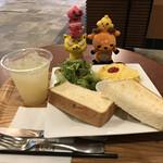 Caffe Luca - トーストセット490円(税込)