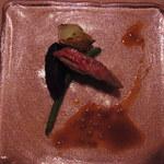 14145379 - ヴィアンド 仙台牛ハラミのバベットステーキ エシャロットソース 紫芋と千葉市産インゲン豆 旬のアーティーチョーク