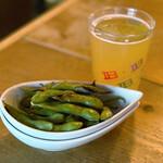 クラフトビアバル IBREW - 焼きガーリック枝豆