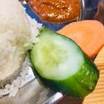 ニューガウレレストラン&セクワガル -