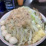 ラーメン二郎 - 中々の盛!野菜マシはこのぐらいなきゃね!