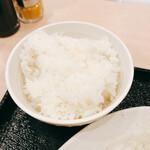 高麗園 - ライス大(350円+税)