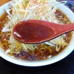 141477585 - ピリ辛ねぎラーメン、醤油スープ