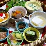 菊池温泉 清流荘 - お昼の籠膳①