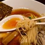 鶏そば・ラーメン Tonari - 牡蠣ラーメン