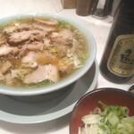 ちえちゃんラーメン - 料理写真: