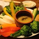 やきとんひなた - 2012.6 季節の野菜のバーニャカウダ(480円)