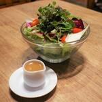 伊達の牛たん本舗 - こだわり野菜のドレッシングサラダ