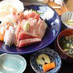やんしゅうばんや 八角 - 海鮮丼