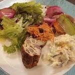 煮込み&具材たっぷりの料理 クヴェルクル - 料理写真:前菜盛り合わせ