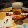 ビールスタンド重富 - ドリンク写真:一度つぎ