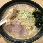 味八 - 札幌味噌らーめん(760円)