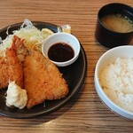 Gasuto - ミックスフライランチ 769円