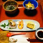 純和風旅館泉屋 - 前菜はこのくらいが丁度イイ。