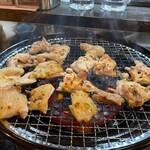 とり焼肉酒場 鶏ん家 -