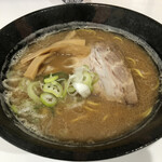 やさしい、とんこつ 麺 かまくら  - 料理写真:11月限定 旭川ラーメンしょうゆ味 750円