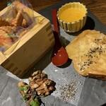 わらやき屋 - カマンベールチーズの藁焼き ミレービスケット