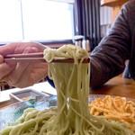 手延べ麺お食事処 銀四郎 - オリーブそうめん ¥600 (税込) 麺リフト