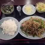 順香 - 豚肉ともやしのあんかけ炒め黒胡椒味