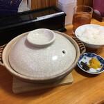 鍋焼きラーメン千秋 - 料理写真:着鍋
