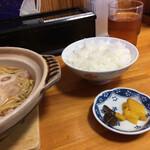 鍋焼きラーメン千秋 - ご飯はこんもり ♡