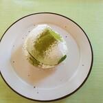 141608770 - 緑茶クリームチーズミニタルト
