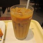 ドトールコーヒーショップ - アイスカフェラテ 230円