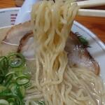 八兵衛 - 麺上げ