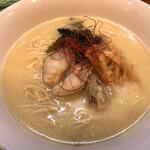 味噌中華そば ムタヒロ - 料理写真:味噌中華そばムタヒロ(牡蠣の味噌ラーメン)