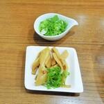 池田麺彩 - メンマ、ネギ増し