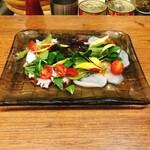 俺のイタリアン - ホタテと北海ダコの炙りカルパッチョ(780円)