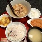 器 - 昼定食 800円