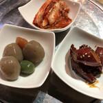 韓国家庭料理 オモニの食卓 -