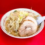 赤ひげラーメン - 料理写真:ラーメン小720円 野菜マシ