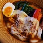 カレー&ごはんカフェ オウチ - 炙りカチョカヴァロ 200円