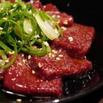焼肉 MIYAKOYA - ごま塩炙りレバー
