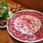 美食蔵部 - おすすめ牛とあぐー豚すき焼コース