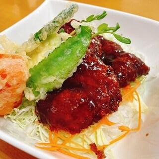 マテリア - 黒豚ひれソース丼