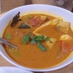 curry DELHI グルメ - ゴア風フィッシュのココナッツカレー