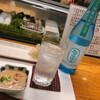 鮨いわまる - ドリンク写真:麦焼酎ソーダ割で乾杯! お通しの 魚介のクリームシチューが絶品でした!(冬季限定)