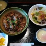 こうじん - 炭火焼き鳥丼