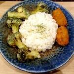 Rojiura Curry SAMURAI. - ライス カキフライ さくさくブロッコリ