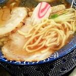 熟成醤油らーめん ヤマト醤店 - 選べる中太麺