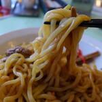 中国料理 西湖 - 油そばの麺も。