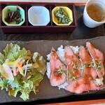 Youganyakinikutokushima - 近江牛ローストビーフ丼