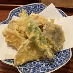 141740100 - 旬菜の天ぷらです