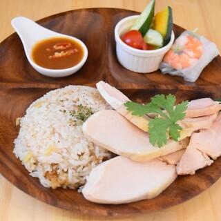 カオマンガイ(鶏飯)